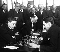 Alexander Alekhine, Edgard Colle, 1925.jpg