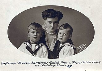 Duke Christian Louis of Mecklenburg - Pictured in 1918 (on right) with his mother and elder brother