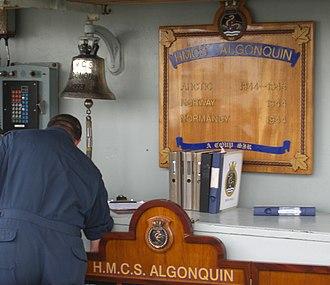 HMCS Algonquin (DDG 283) - Image: Algonquin Bell