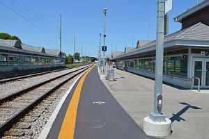 Allandale Waterfront GO Station - Image: Allandale Waterfront GO Station 0431
