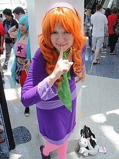 Anime Expo 2011 - Daphne from Scooby Doo (5917928634).jpg