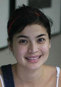 Anne Curtis, 2009 (cropped).jpg