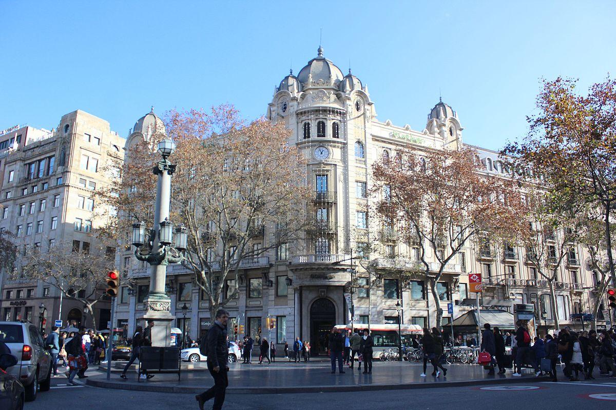 Banco central empresa de espa a wikipedia la for Banco santander sucursales barcelona