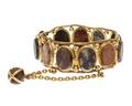 Armband av guld med natursten, 1800-talets andra hälft - Hallwylska museet - 110142.tif