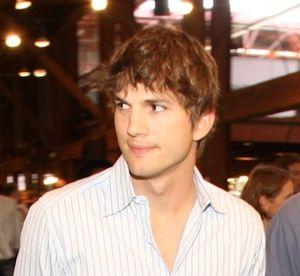 Ashton Kutcher 2008-09-08