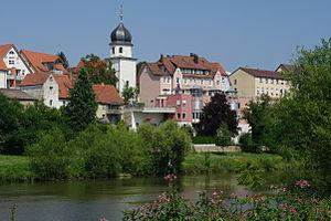 Jagstfeld vom Neckarufer gesehen