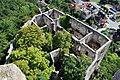 Baden - Burg Rauhenstein - Blick vom Turm nach unten.jpg