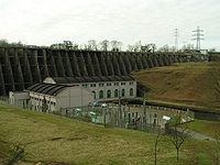 Barrage de Vezins.jpg