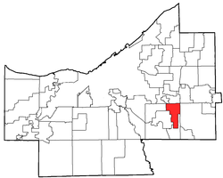 Location of Bedford Heights in Cuyahoga County