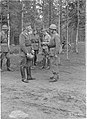 Bergren och Murray on Hangö front in October 1941.jpg