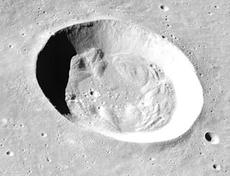 Bessel (crater) - Image: Bessel crater Apollo 15