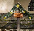 Bezoek aan kerk van San Rocco met daaromheen de militaire begraafplaats in Peio Paese 11.jpg