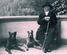 Otto von Bismarck and his dogs Tyras II und Rebecca; July 1891