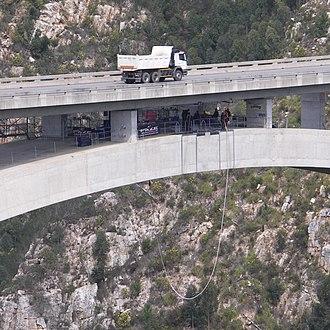Bloukrans Bridge - Bungee operations under the road deck of the bridge