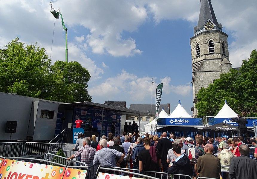 Reportage réalisé le mercredi 27 mai à l'occasion du prologue du Tour de Belgique 2015 à Bornem, Belgique.