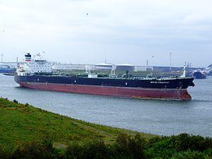 British Cormorant p3 leaving Port of Rotterdam, Holland 14-Jul-2007.jpg