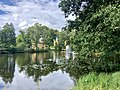 Bruksparken vid Surahammars hembygdsgård.jpg