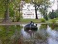 Brunnen im Liechtensteinpark (03).JPG