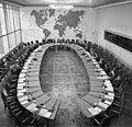 Bundesarchiv B 145 Bild-F019711-0007, Bonn, AA, Konferenz der Botschafter aus Asien.jpg
