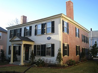 Butterfield-Whittemore House - Image: Butterfield Whittemore House, Arlington MA IMG 2766