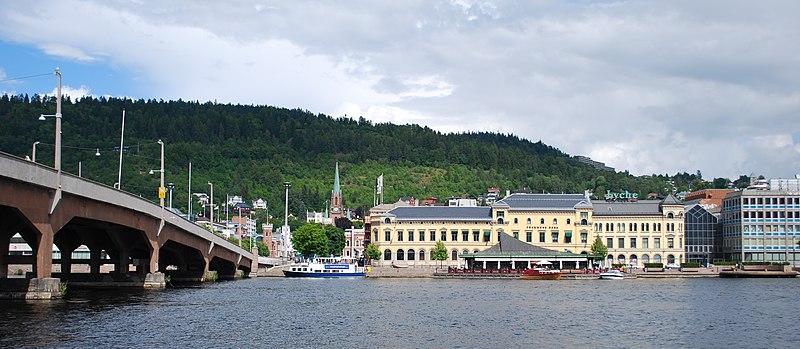 File:Bybrua Drammen.JPG