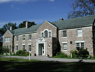 E. P. Taylor - Windfields Estate in 2000