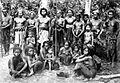 COLLECTIE TROPENMUSEUM Een groep Bodha's de oorspronkelijke bewoners van Lombok TMnr 10005873.jpg