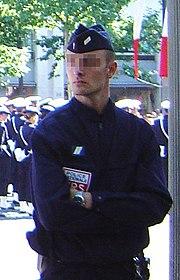 Gardien de la Paix titulaire affecté en CRS.