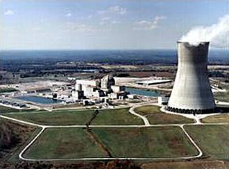 Callaway Nuclear Generating Station - Containment building (center) and cooling tower (right) at Callaway Plant (NRC picture).