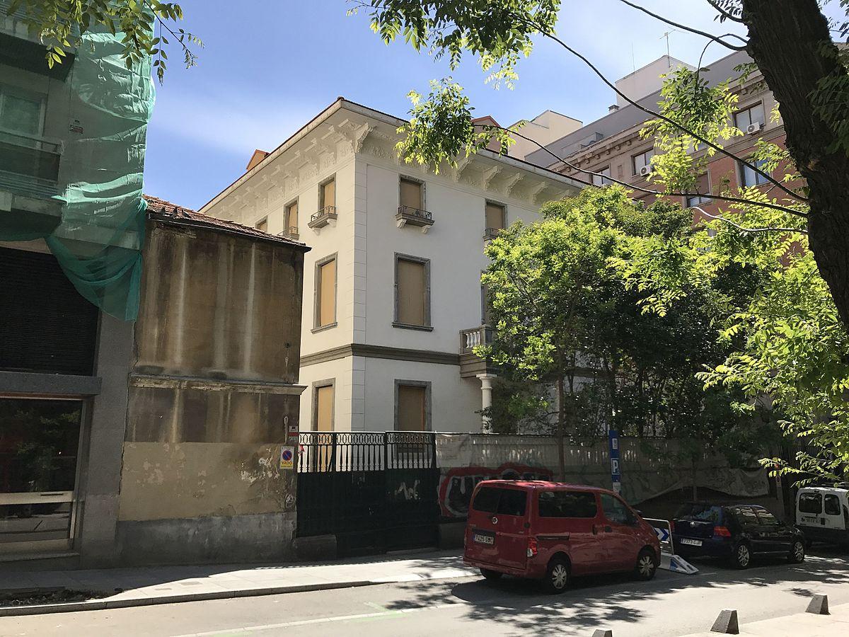 Palacete de la calle de villanueva wikipedia la - El escondite calle villanueva ...