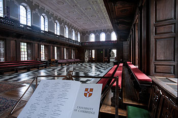 English: University of Cambridge. University Hall