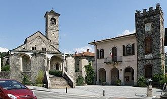 Brovello-Carpugnino - Image: Carpugnino Piazza I Gennaio 2.psd