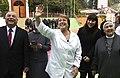 """Carros odontológicos en el marco del programa """"Salud Bucal para alumnos de cuarto medio"""" (27000097862).jpg"""