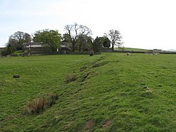 Carvoran (Magna) Roman Fort - north boundary, and Corvoran Roman Army Museum - geograph.org.uk - 1374187.jpg