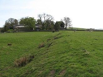 Magnae Carvetiorum - Image: Carvoran (Magna) Roman Fort north boundary, and Corvoran Roman Army Museum geograph.org.uk 1374187