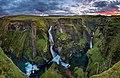 Cascadas Del Cañón De Fjadrägljúfur (40913968).jpeg