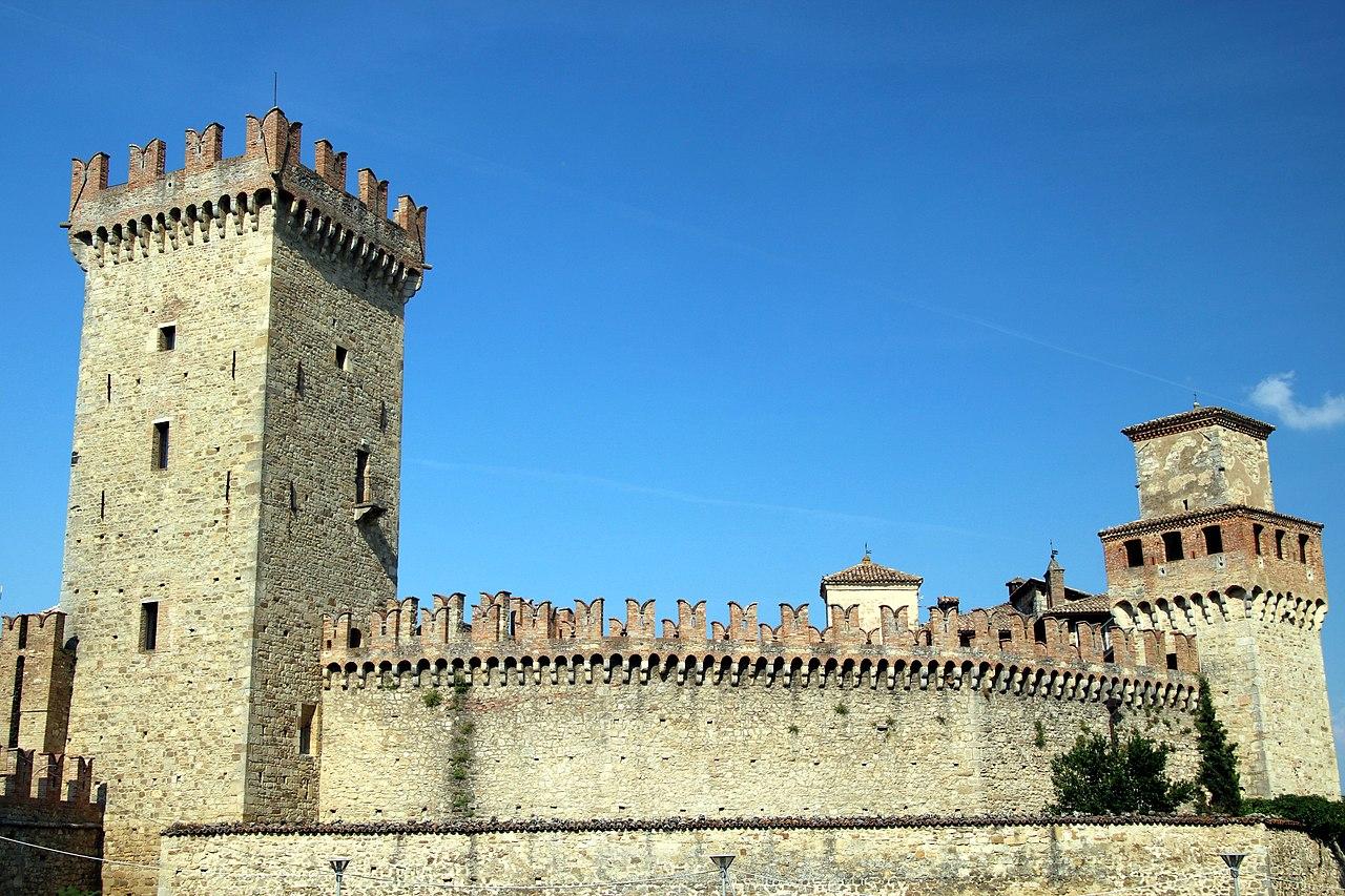 Castello di Vigoleno (Vernasca) 43.jpg