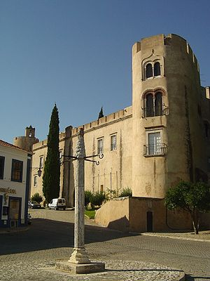 Pousadas de Portugal - Pousada de Alvito, installed in a medieval fortified palace.