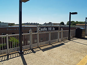 Castle Hill Avenue (IRT Pelham Line) by David Shankbone.jpg