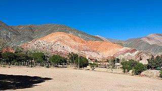 Cerro de los Siete Colores 03.jpg