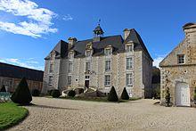 Château d'Esquay-sur-Seulles façade est.jpg