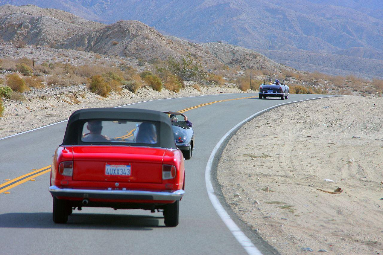 Chasing Classic Cars Gentlemens Race