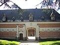 Chaumont-sur-Loire - château, écuries (03).jpg