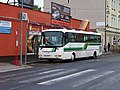 Cheb, Žižkova, autobus v zastávce.jpg