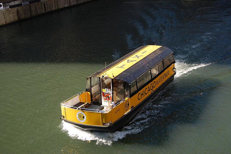 Andar de barco em Chicago