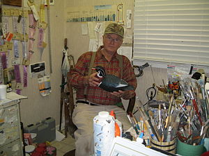 Delbert Daisey - Image: Cigar Daisey in his paint room 002