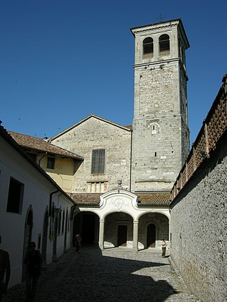 Longobards in Italy, Places of Power (568–774 A.D.) - Image: Cividale, santa maria in valle 01