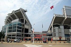 Cleveland First Energy Stadium - panoramio.jpg