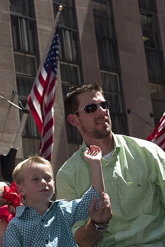 Cliff Lee - Lee at the 2008 All-Star Game parade