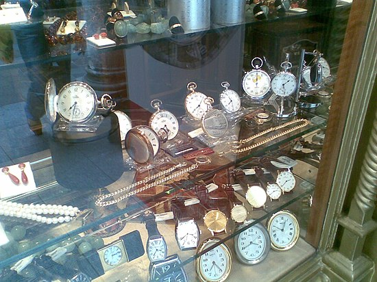 Clocks in a shop window 2.jpg